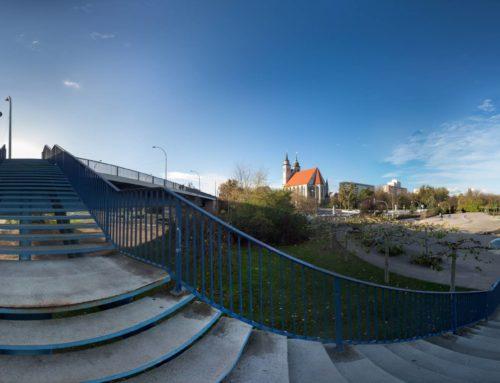 Magdeburg – Auf der Treppe der Strombrücke (360°)