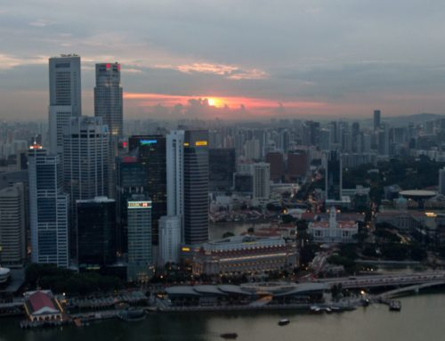 Singapore – sundown behind the glass pane